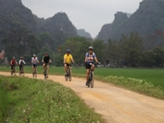 Vietnam bike tours 12 days