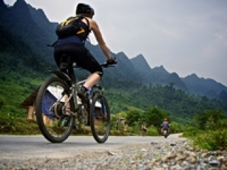 Vietnam biking tours 7 days